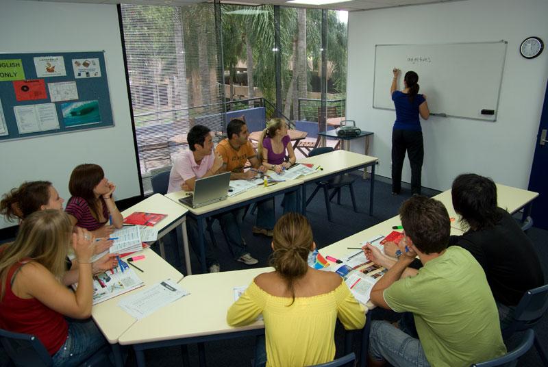 how to learn australian english gold coast
